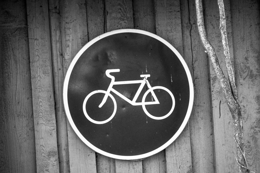 Verkehrsschild mit Fahrrad