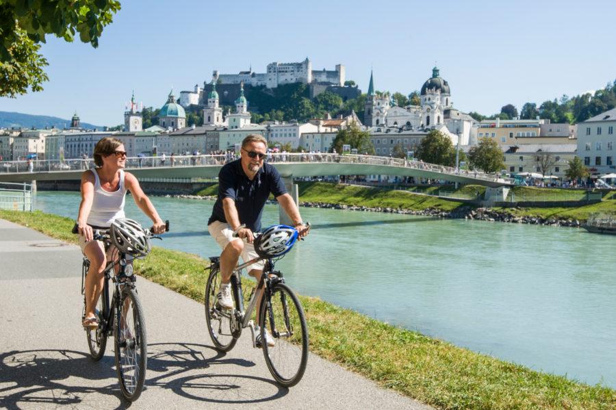Radtour entlang der Salzach in Salzburg