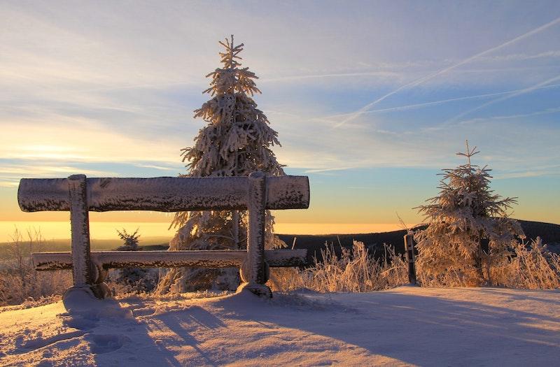 Winterwanderung auf nahegelegene Berge von Salzburg