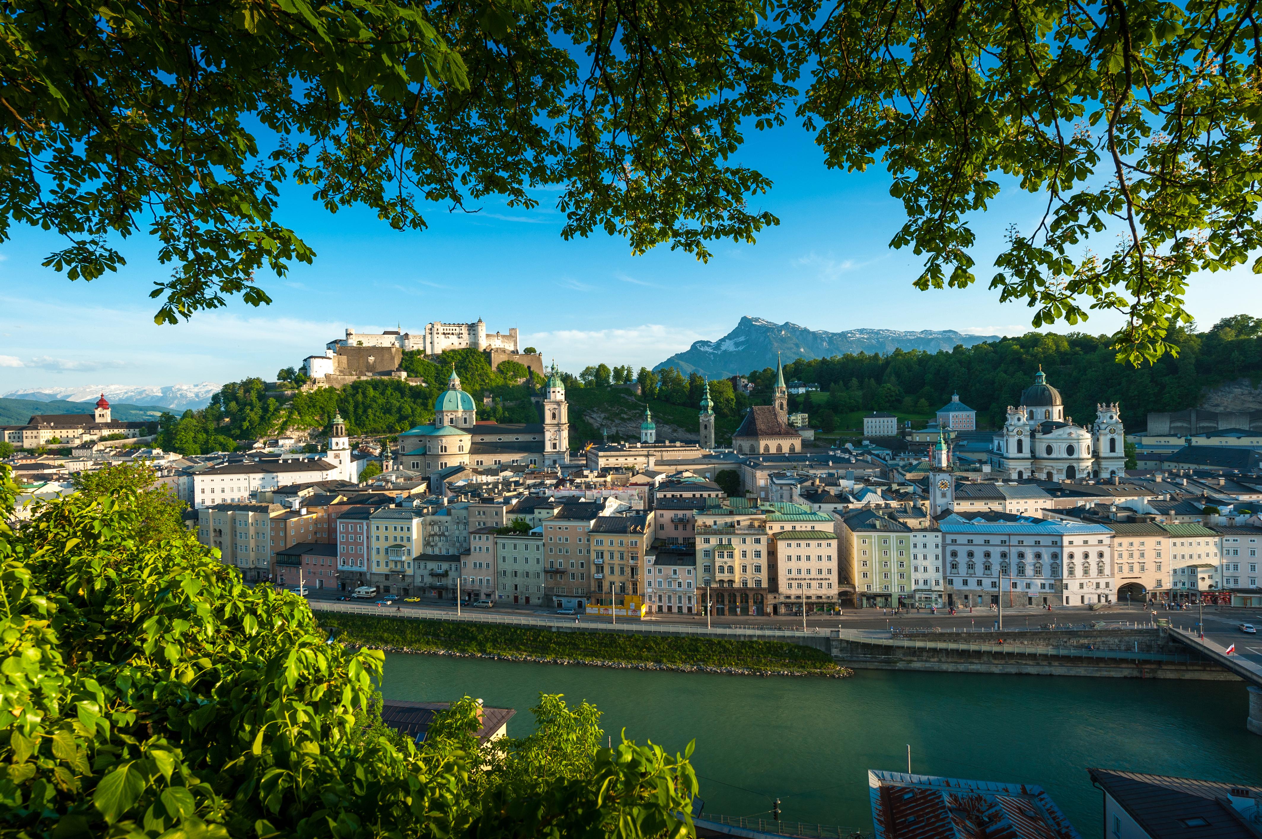 Blick vom Kapuzinerberg auf die Altstadt mit Festung Hohensalzbug