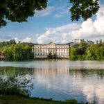 Das Schloss Leopoldskron mit dem Leopoldskroner Weiher